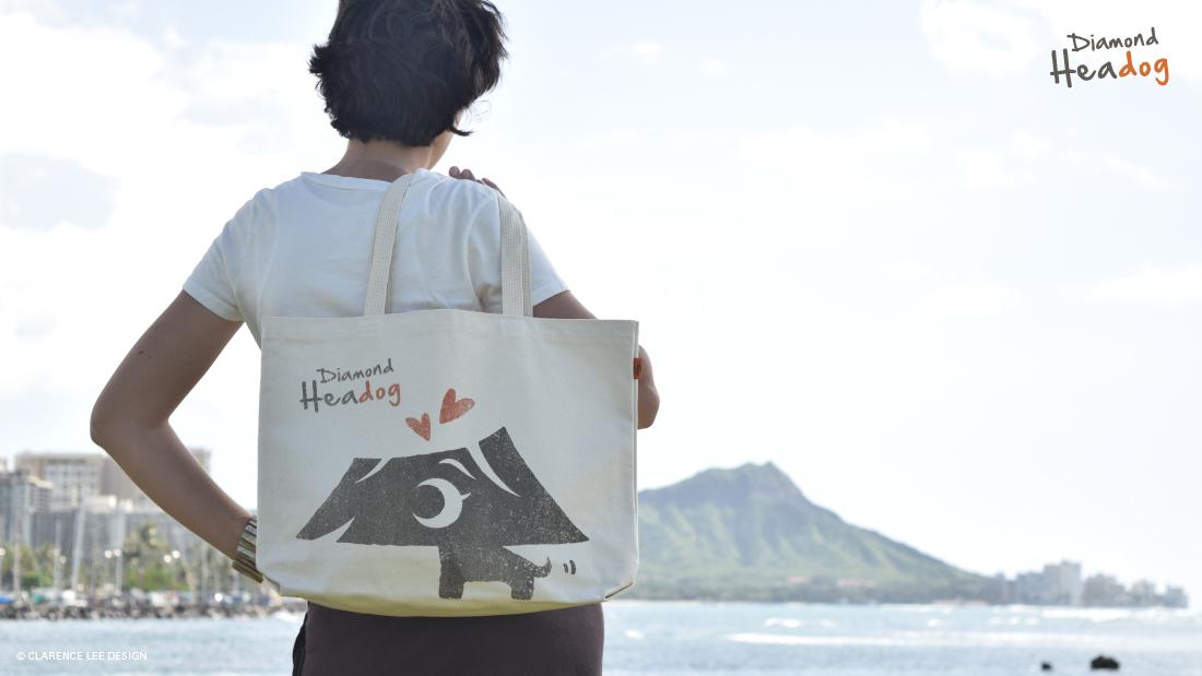 ダイヤモンドヘッドを背景にハワイのトートバッグ